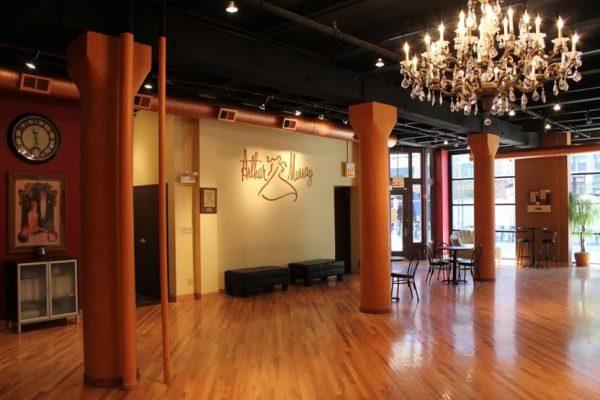 chicago-am-chandelier
